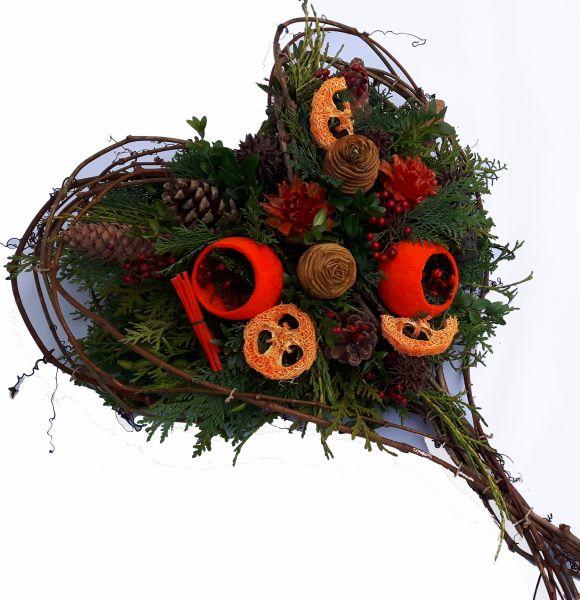 Gesteck Friedhof, Dauerhaftes Gesteck zb Totensonntag, Beerdigung Winter, Allerheiligen und Außendekoration