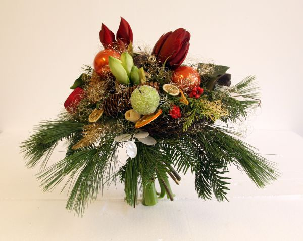 Blumenstrauß mit Amarylles ideal zu Weihnachten und im Advent
