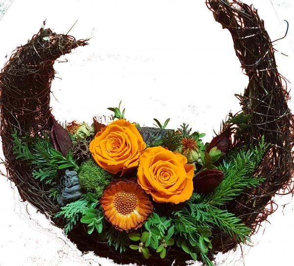 Gesteck Friedhof frisches Grün echte Rosen handmade