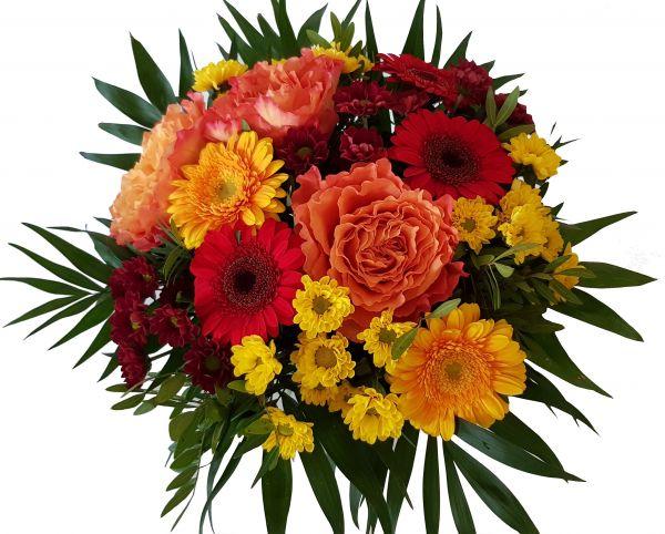 frischer Strauß mit Blumen in gelb,orange und rot  ..Der Blumnbote..
